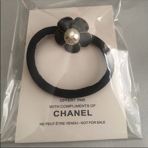 Chanel floral hair tie black